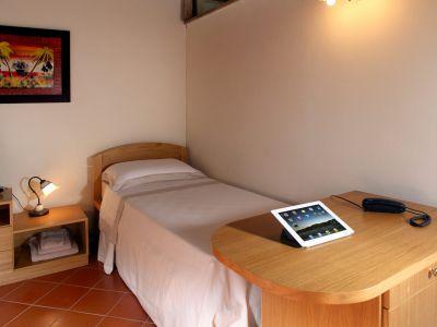 relais-villa-poggio-chiaro-pescia-romana-cottage-3