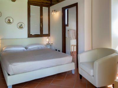 relais-villa-poggio-chiaro-pescia-romana-cottage-7