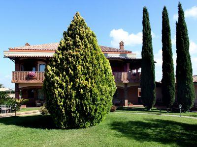 relais-villa-poggio-chiaro-pescia-romana-garden