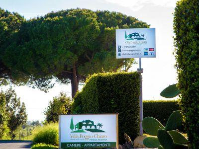 relais-villa-poggio-chiaro-pescia-romana-giardino
