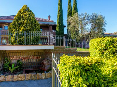 relais-villa-poggio-chiaro-pescia-romana-outdoor-6