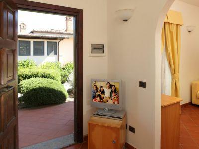 relais-villa-poggio-chiaro-pescia-romana-appartamento-13