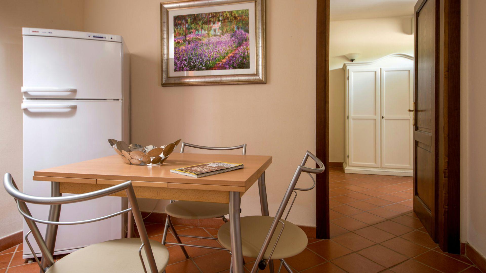 relais-villa-poggio-chiaro-pescia-romana-apartment-9